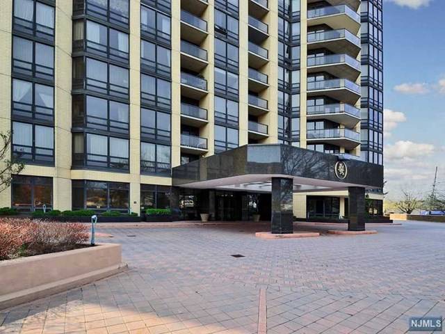 Nearby properties of 19 e victoria pl apt 19 fort lee nj 07024