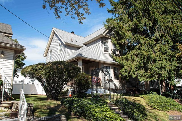 137 Morgan Pl, Kearny, NJ