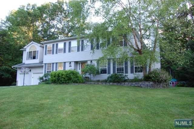 14 Cherbourg Dr, West Milford NJ 07480