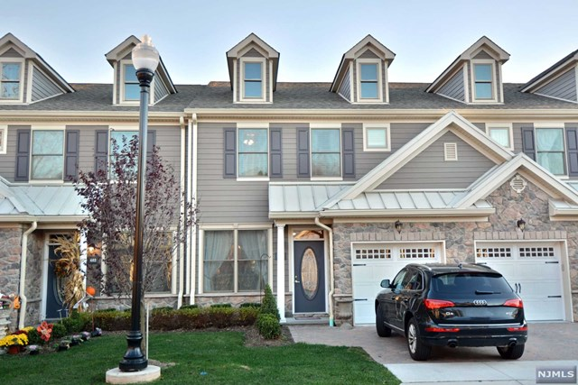 402 Whitney Ln, Allendale, NJ