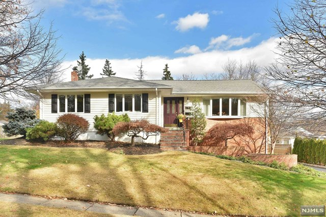 798 Soldier Hill Rd, Emerson, NJ