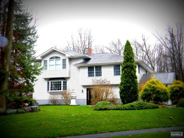 361 William Way, Wyckoff, NJ