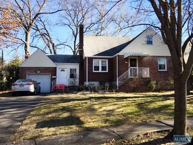 429 E Park Dr, New Milford, NJ