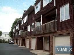 8 Leary Ave #APT g, Bloomingdale NJ 07403