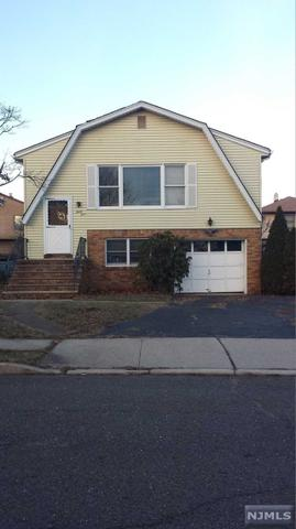 34 Walnut St, Elmwood Park NJ 07407