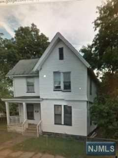 135 Norman St, East Orange NJ 07017