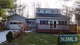 15 Louis Ave, West Milford NJ 07480