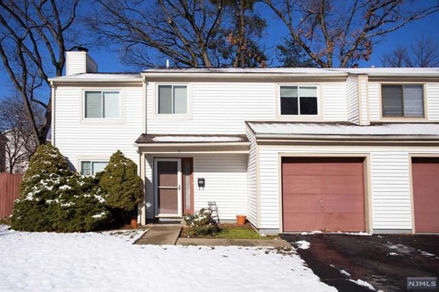 33 Whitman St, Bergenfield NJ 07621