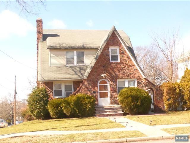 172 Larch Ave, Teaneck, NJ