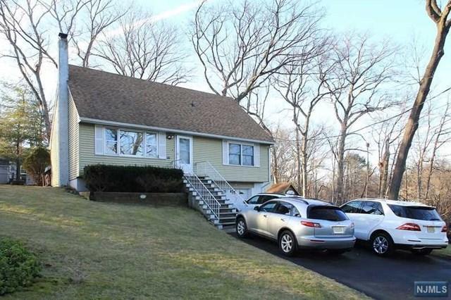351 Kingston St, Wyckoff, NJ 07481