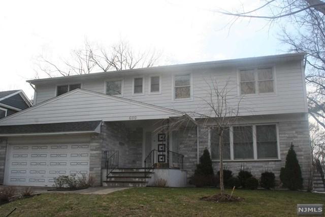 600 Ogden Ave, Teaneck, NJ