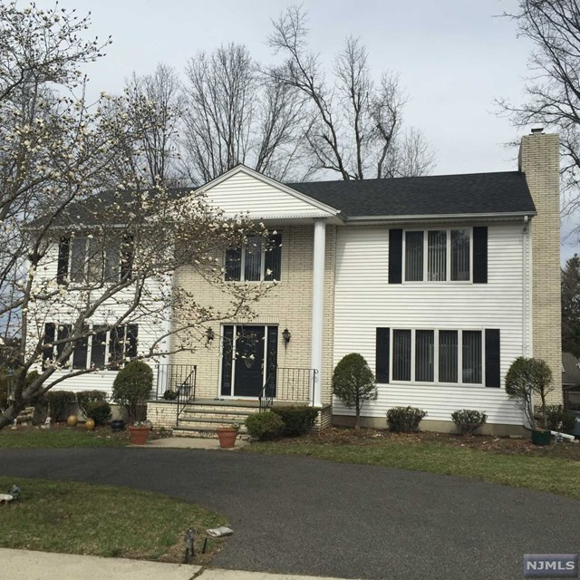1024 Soldier Hill Rd, Emerson, NJ