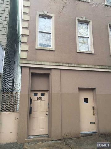 109 Bowers St, Jersey City NJ 07307