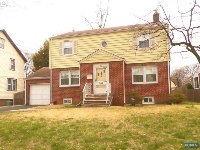 70 Hamilton Rd, Teaneck, NJ 07666