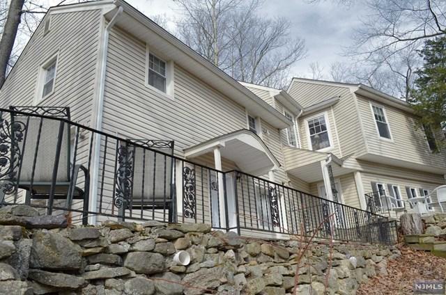 68 Mountain Glen Rd, Ringwood, NJ 07456