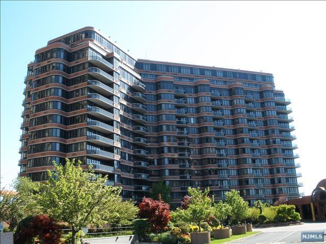 100 Winston Dr #11B-N, Cliffside Park, NJ 07010