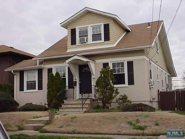 53 13th Ave, Elmwood Park NJ 07407