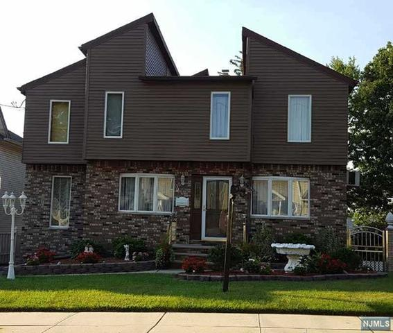 93 Platt Ave, Saddle Brook, NJ 07663