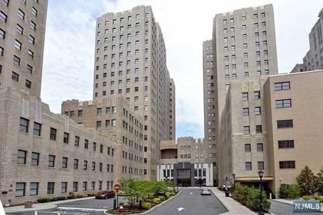 4 Beacon Way #APT 800, Jersey City NJ 07304