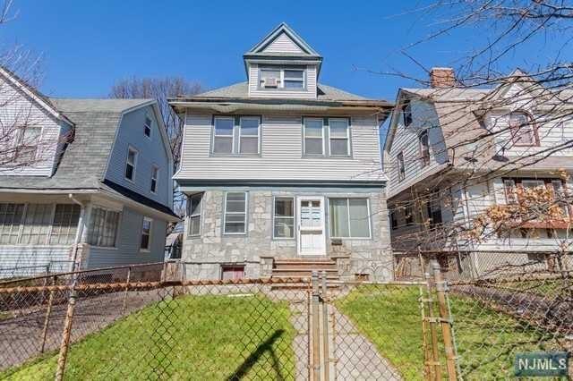 84 Burchard Ave, East Orange NJ 07017