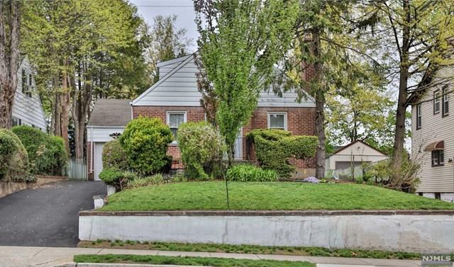 165 W Clinton Ave, Bergenfield, NJ