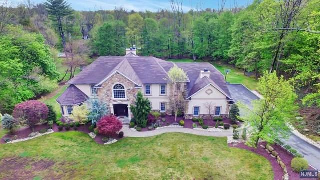 302 Werimus Rd, Woodcliff Lake, NJ 07677