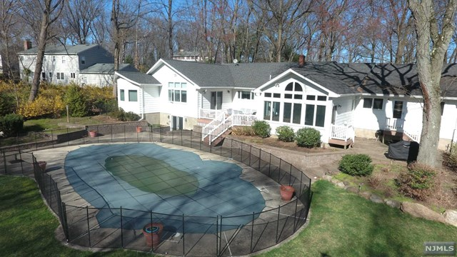 73 Fairview Avenue, Woodcliff Lake,  07677