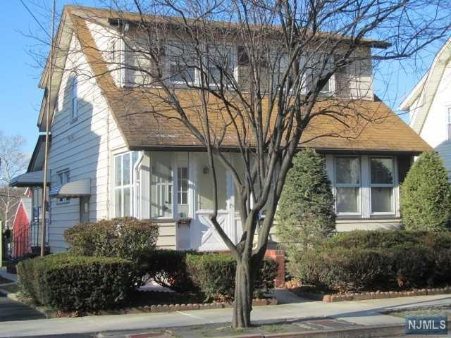 98 Rosemont Ave, Elmwood Park NJ 07407