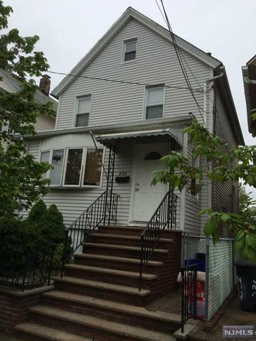 284 Cleveland Ave, Lyndhurst, NJ 07071