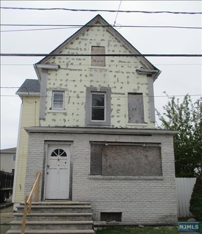 720 Meacham Ave, Linden NJ 07036
