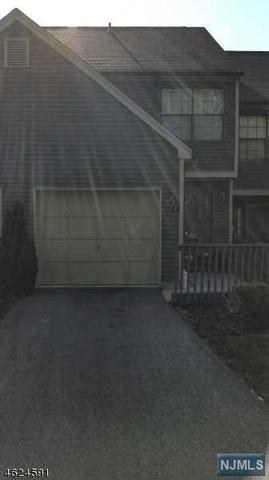 48 Beacon Hill Rd West Milford, NJ 07480