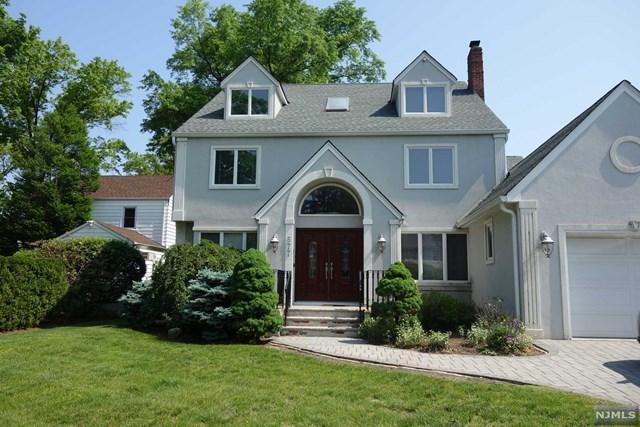 577 Sunderland Rd, Teaneck, NJ