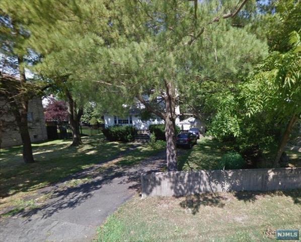 25 Franklin St, Tenafly, NJ 07670