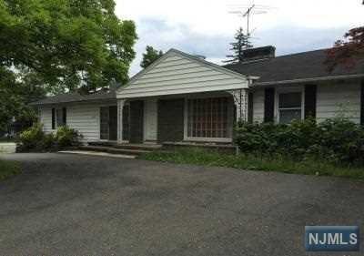 660 Riverview Dr Totowa, NJ 07512