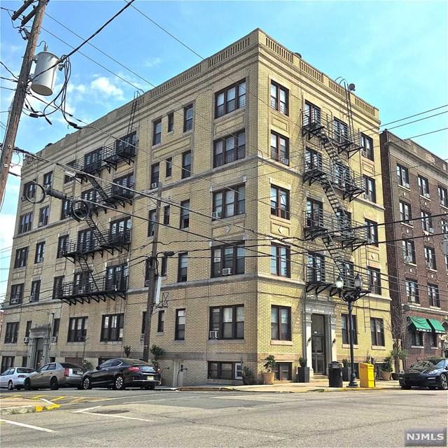 6414 Park Ave, West New York, NJ 07093