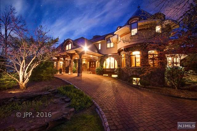296 Durie Ave, Closter, NJ 07624