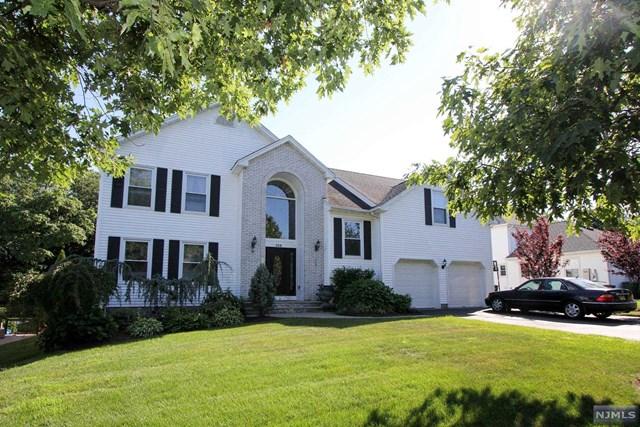 158 Frank Lane, Paramus, NJ 07652