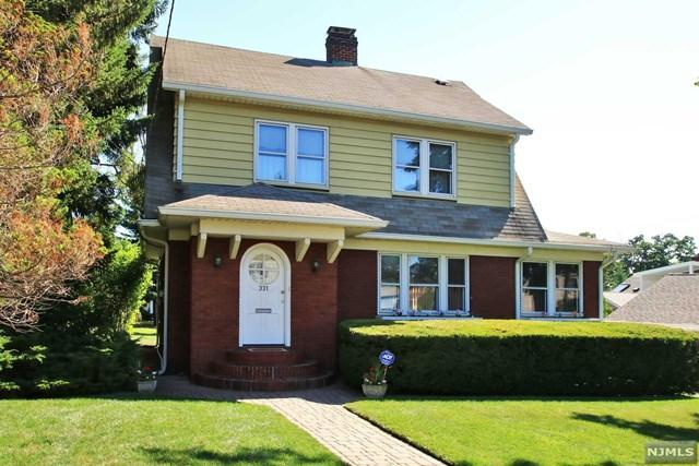 333 Henry St, Hasbrouck Heights, NJ 07604