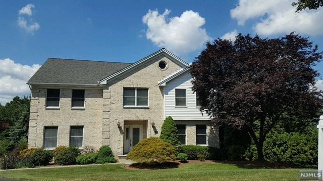 11 Davies Ct, Wayne, NJ 07470