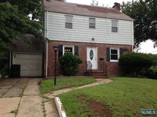 77 Sylvan Ave, Bergenfield, NJ 07621
