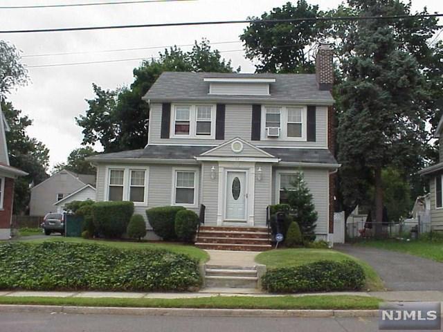 72 Shepard Ave, Teaneck, NJ 07666