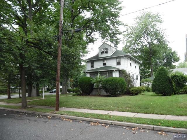 287 Sherman Ave, Teaneck, NJ 07666