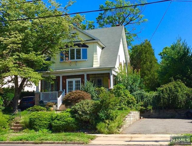 381 Demarest Ave, Closter, NJ 07624