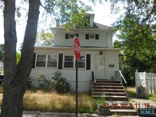 98 Phelps Ave, Bergenfield, NJ 07621
