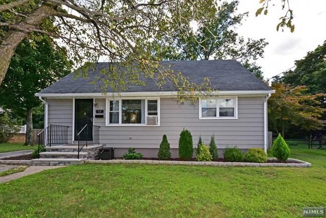 11 Cottage Pl, Riverdale, NJ 07457