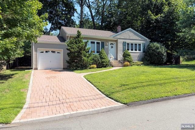 51 Crescent St, Closter, NJ 07624