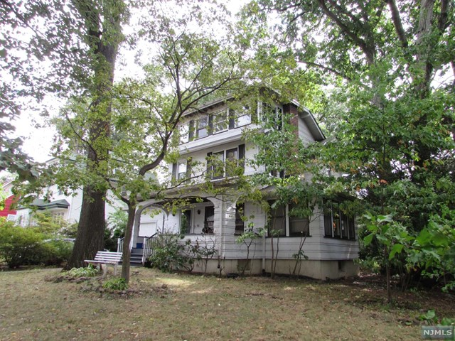 411 Lincoln Avenue, Rutherford, NJ 07070