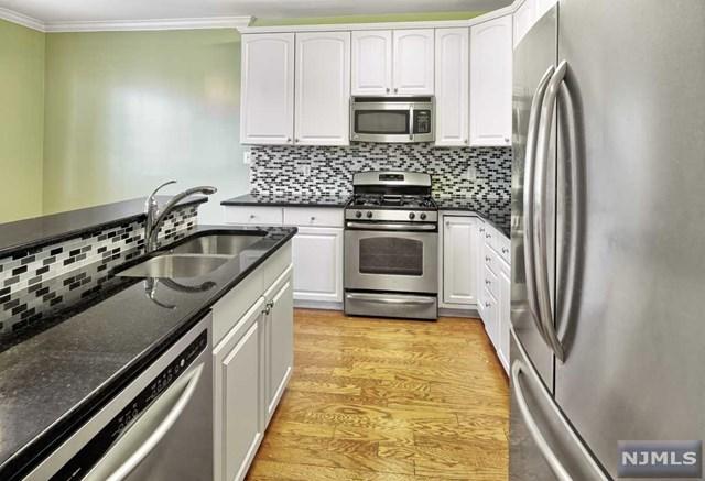 298 Midland Ct #298, West New York, NJ 07093