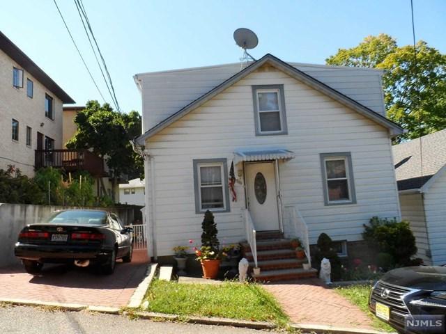 566 N Sketch Pl, Ridgefield, NJ 07657