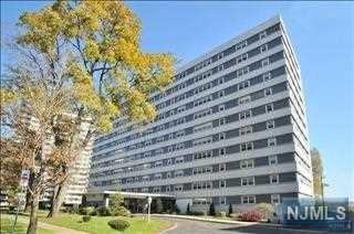 280 Prospect Ave #1F, Hackensack, NJ 07601